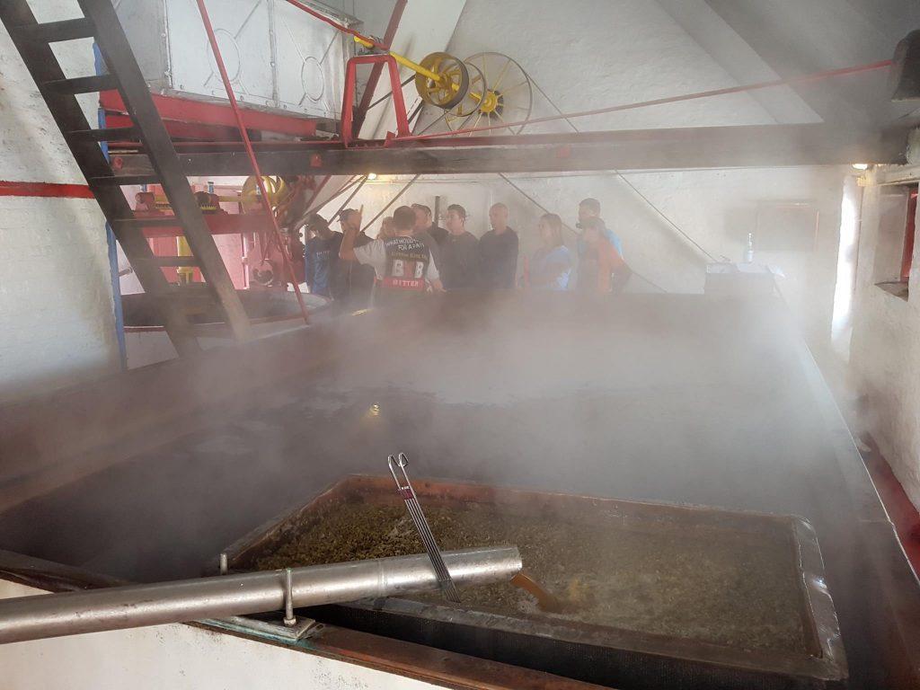 Stomend koelschip bij brouwerij De Dolle brouwers